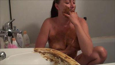 Nude Girl Shitting and Puking